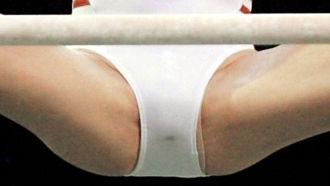 体操のおっぱいやパンチラ全エロ画像が抜ける。女子スポーツレオタード大開脚!