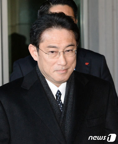 【韓国の反応】パククネ罷免決定についての日本政府の反応→岸田外相「慰安婦合意を履行せよ」