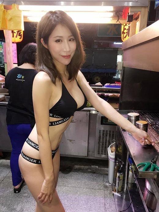 台湾の美人串焼き屋が話題に ギリギリ見えない激ヤバビキニで接客(画像あり)