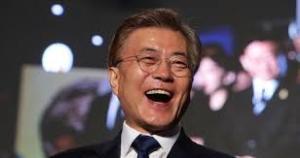 【意味不明】韓国・文大統領「我々が世界になった」←これwwww