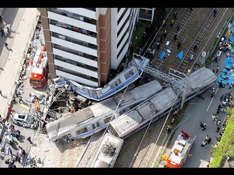 100名以上が死亡した『JR福知山線脱線事故』の画像【観覧注意】
