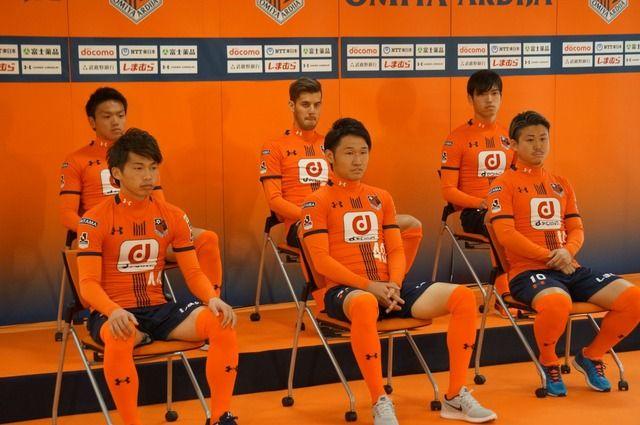 ◆Jリーグ◆大宮の新ユニの『Dポイント』ロゴが神戸のロケット団よりキツイと話題に!