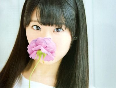 【朗報】東山奈央さん、自分がかわいく写真に写る方法を発見してしまうwwwwwwwww