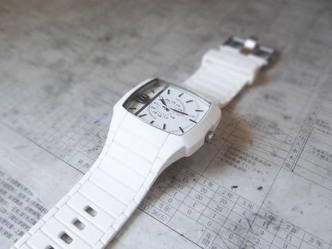 【画像】超おしゃれなDIESELの時計買ったったwwwww