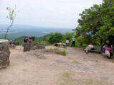 三草山-頂上の賑わい