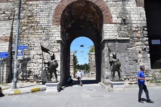 ロマヌス門付近