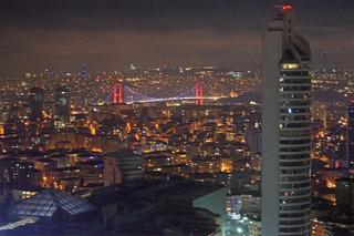 ボスポラス第一大橋の夜景