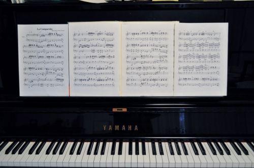piano1026 (500x330)