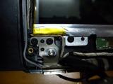 ヒンジが折れたノートパソコン (2)