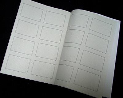 無印良品、週刊誌4コマノート・ミニ(再生紙)の見開きの様子