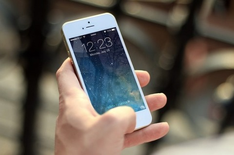iPhone 通信速度