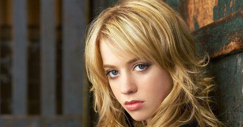 catch_blondgirl