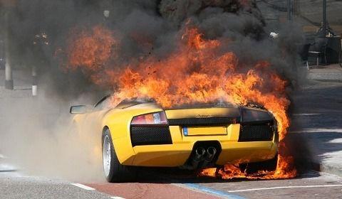 burned_down_lamborghini_murcielago_in_nl