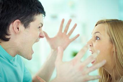 男女 喧嘩