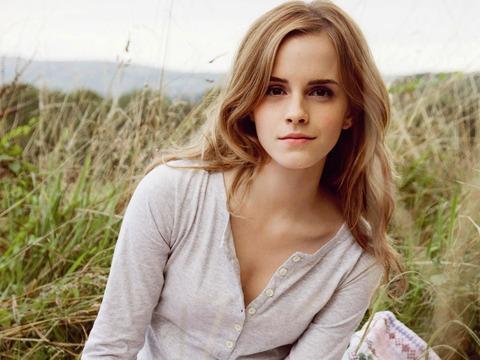 Emma-Watson-08_1600x1200