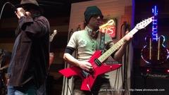 """LOUDNESSの""""S.D.I""""を、スタジオで弾いてみた"""