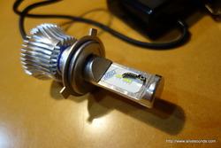 デモカー・モコのヘッドライトをLEDに交換