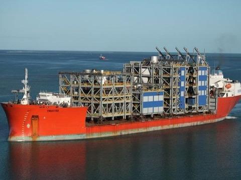 cargo_ships_03