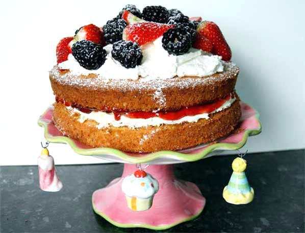 cake-ideas-fruit-summer-fruits-sponge