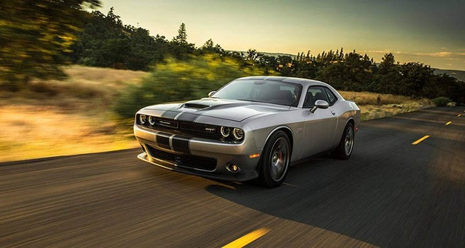 2016-Dodge-Challenger-01