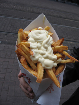 cone_full_o_fries_with_mayo_amsterdam_style