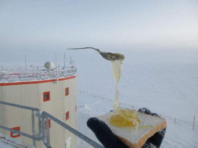 cooking-food-antarctica-cyprien-verseux10-5bbc51e746c60__700