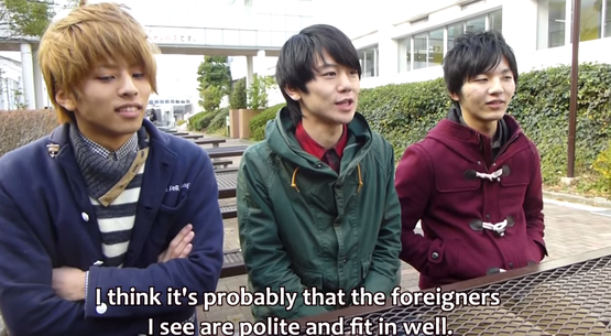外国人像 日本の学生にインタビュー