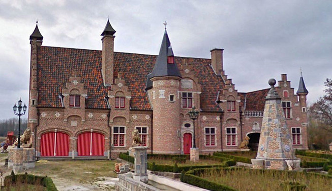 ugly-belgian-houses-7-5cab0a119963d__700