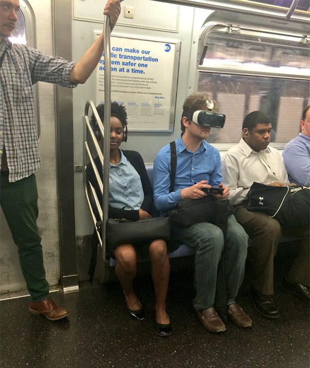 funny-people-on-subway-53-5b332d0fc6cb4__605