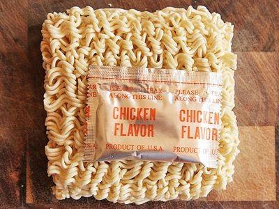 20130917-chicken-instant-ramen-taste-test-5