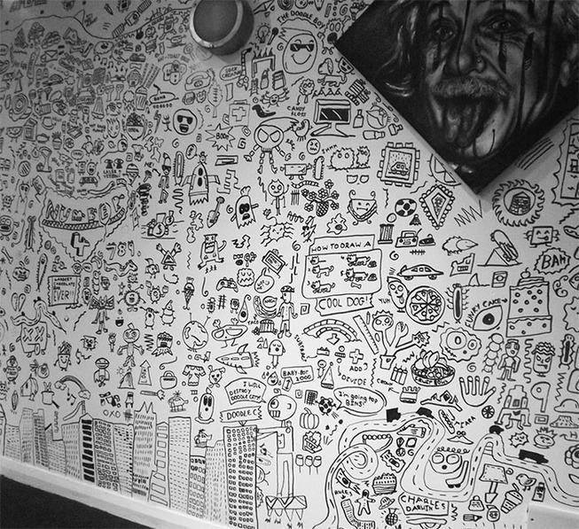 doodle-boy-decorates-restaurant-joe-whale-12-5dbfd6e6f2c41__700
