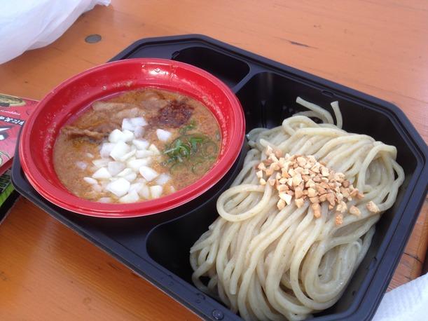 06 - Spicy peanut tonkotsu tsukemen Ramen fest 2015