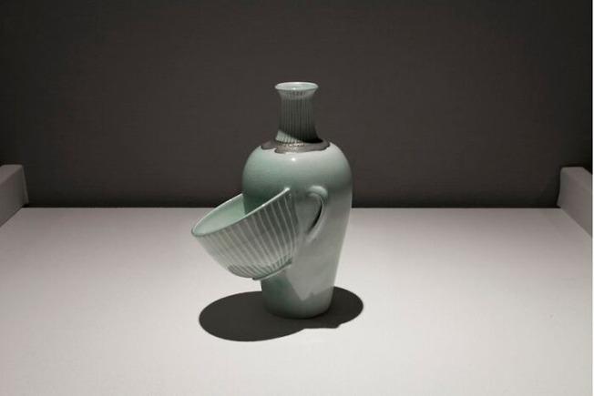 Meet-Keiko-Masumotos-Surreal-Ceramics-615d6ca420083__700