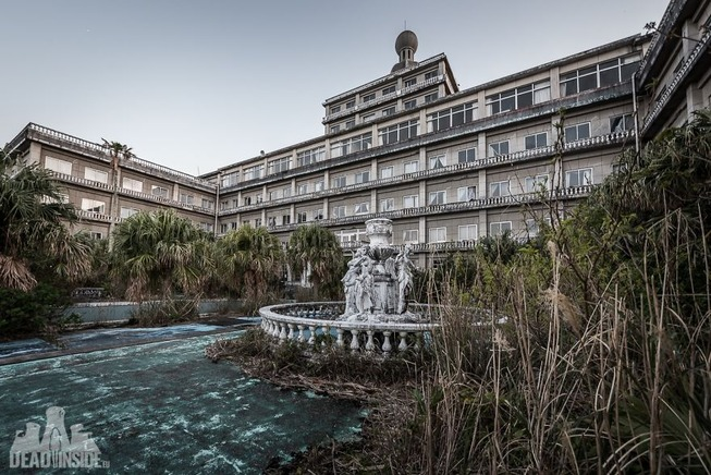 The-biggest-abandoned-hotel-in-Japan-5be555c19c7b9__880 (1)