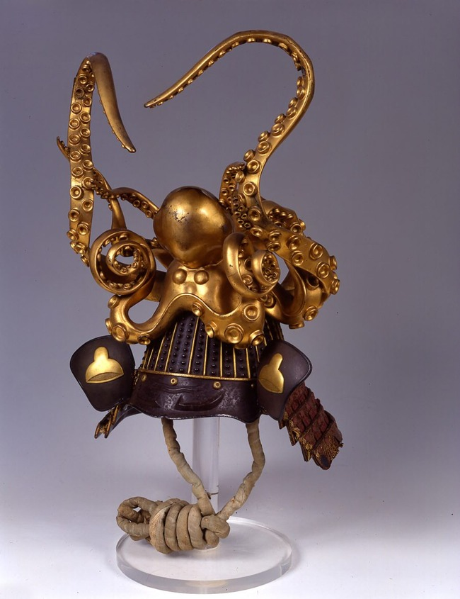 helmet-octopus-helmet-900x1170