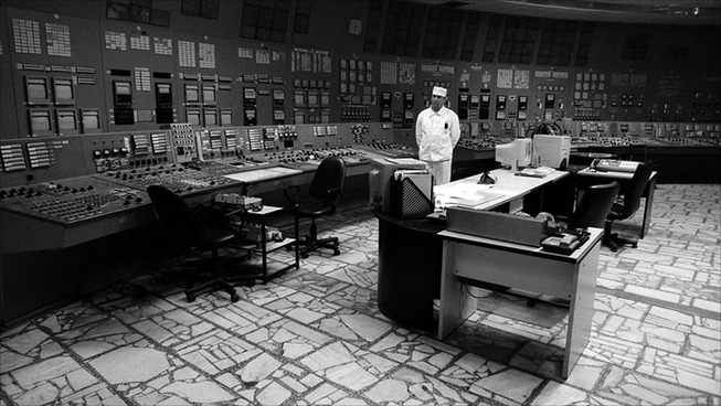 vintage-soviet-russian-control-panel-rooms-1