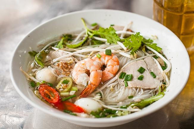 vietnamese-pork-noodle-soup-hu-tieu