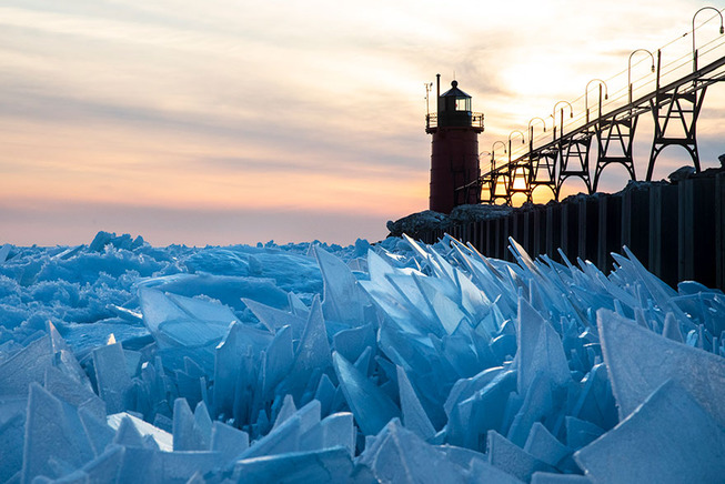 ice-shards-frozen-lake-michigan-5c937f18afd19__880