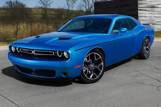 2015-Dodge-Challenger-SXT-Plus-Motor-Trend-homepage-image
