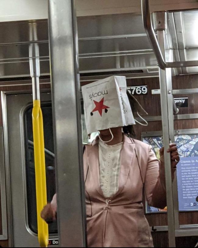 subway-corona-masks-pics-66-5f7c699d1f976__700