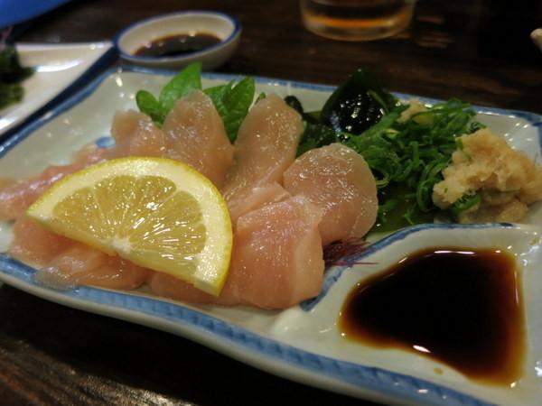 torisashi-raw-chicken-sashimi-okayama