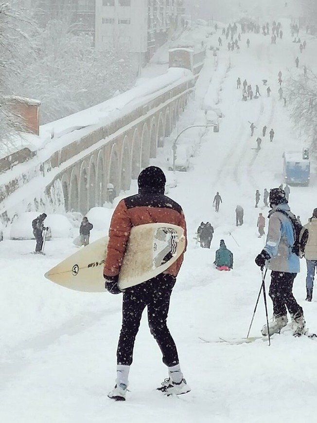 biggest-snowfall-50-years-spain-16-5ffc08a314981__700