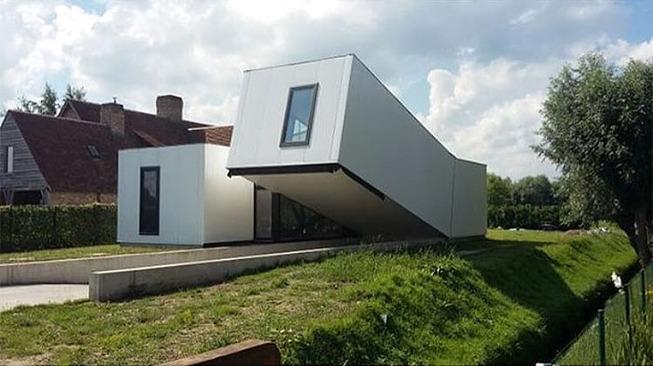 ugly-belgian-houses-62-5cab0aa86a61a__700 (1)
