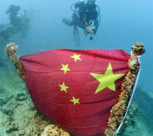 chinese-flag-at-oiler-Iro