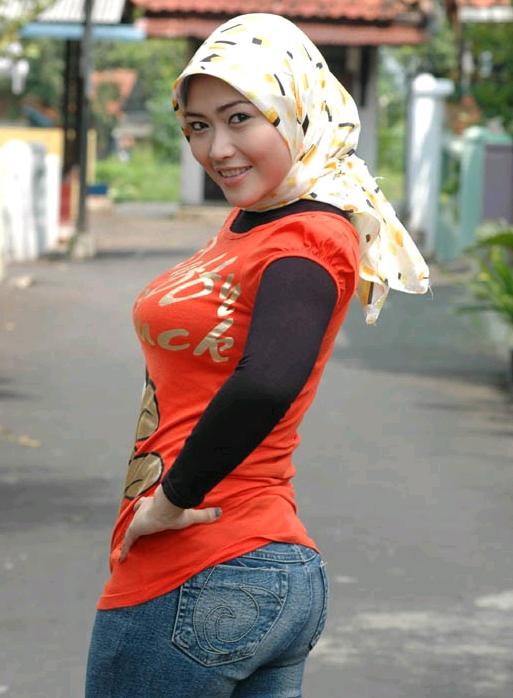 Muslim-girl-hot-hijab-fashion