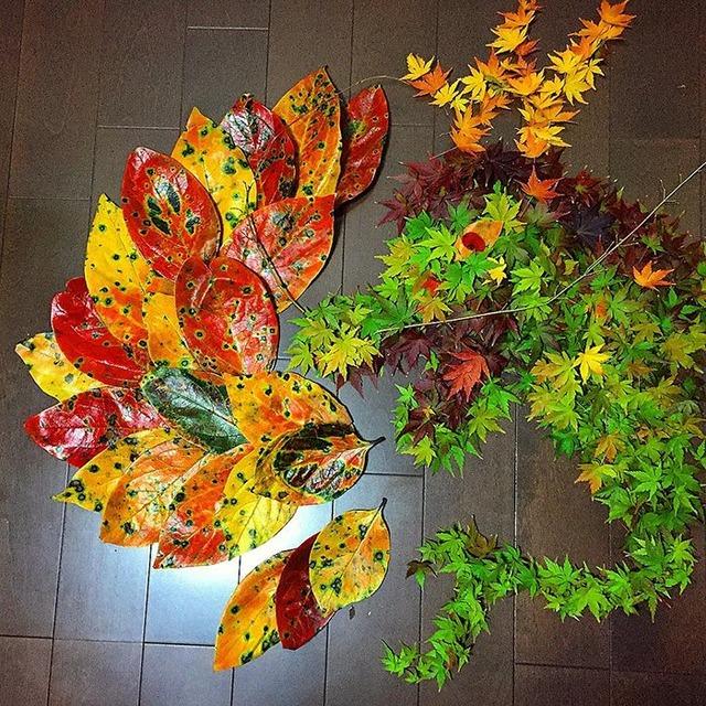fallen-leaf-art-japan-17-585117e6cc9c6__700
