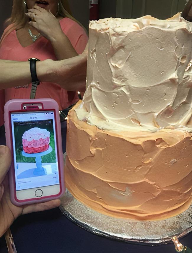 funny-wedding-cake-fails-10-5faa6ace1f6e5__700 (1)