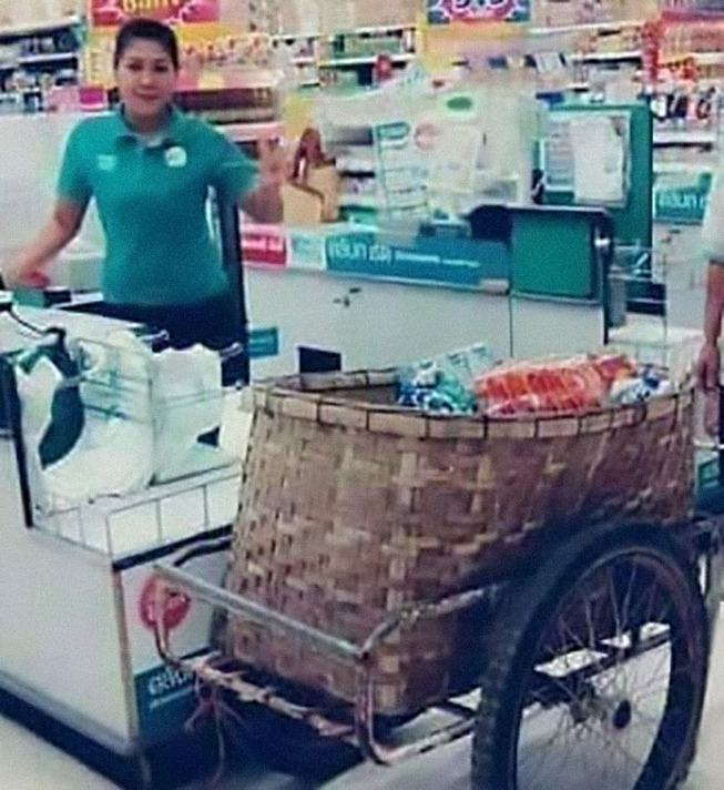 unusual-ways-people-dealing-plastic-bag-ban-thailand