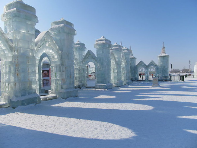 harbin-ice-snow-sculpture-festival-china-5e185bec96fb4__700