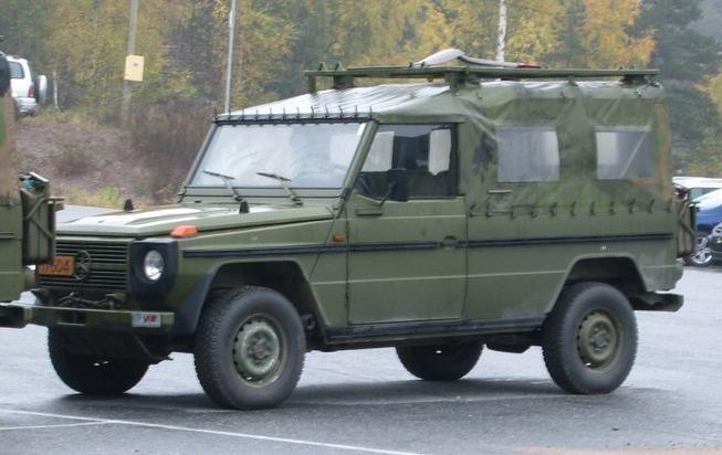 Mercedes-Benz_Geländewagen_Norwegian_military_fq